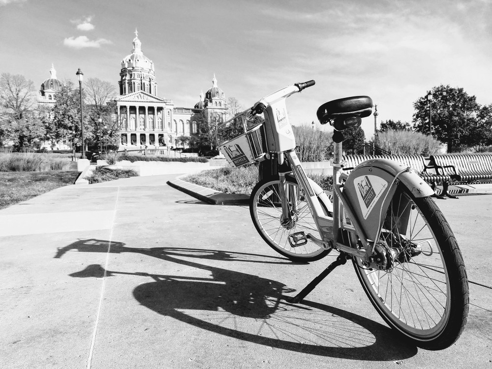 bicycle, and the Des Moines Capitol Building